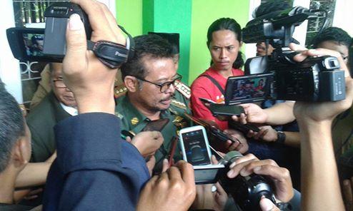 Gubernur Sulsel Kunjungi CBT di Man2 Model Makassar