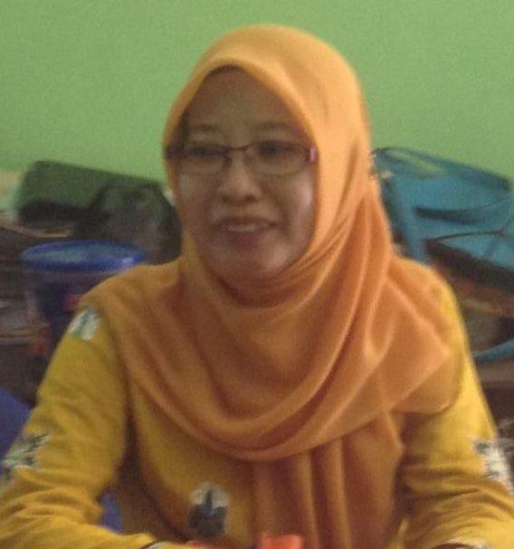 Dra Andi Nawir, MM